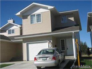 Photo 1: 272 MOUNT ROYAL Place in Regina: Mount Royal Condominium for sale (Regina Area 02)  : MLS®# 476624