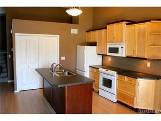 Photo 2: 272 MOUNT ROYAL Place in Regina: Mount Royal Condominium for sale (Regina Area 02)  : MLS®# 476624