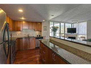 Photo 8: # 2103 295 GUILDFORD WY in Port Moody: North Shore Pt Moody Condo for sale : MLS®# V1093284