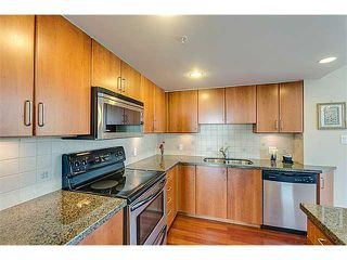 Photo 7: # 2103 295 GUILDFORD WY in Port Moody: North Shore Pt Moody Condo for sale : MLS®# V1093284