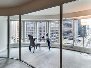 Photo 9: 1210 33 University Avenue in Toronto: Bay Street Corridor Condo for sale (Toronto C01)  : MLS®# C3079433