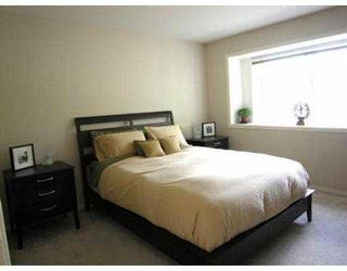 Photo 7: 235 W 19TH ST in North Vancouver: Central Lonsdale House 1/2 Duplex for sale : MLS®# V544538