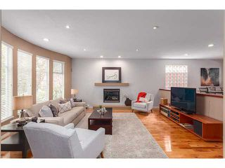 Photo 2: 3536 W 11TH AV in Vancouver: Kitsilano House for sale (Vancouver West)  : MLS®# V1117174