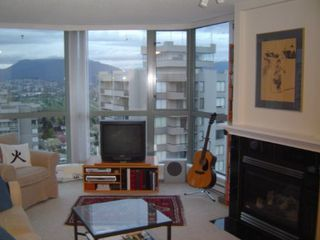 Photo 12: #1602  4788 Hazel Street in Burnaby: Condo for sale (Forest Glen BS)  : MLS®# V533128