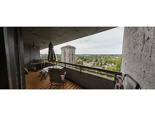 Photo 2: # 2001 3771 BARTLETT CT in Burnaby: Sullivan Heights Condo for sale (Burnaby North)  : MLS®# V1124539