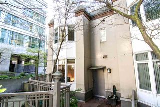 Photo 2: 217 1166 MELVILLE STREET in Vancouver: Coal Harbour Condo for sale (Vancouver West)  : MLS®# R2051697