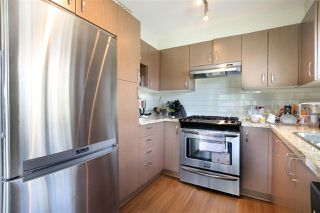 Photo 6: 305 3105 LINCOLN AVENUE in Coquitlam: New Horizons Condo for sale : MLS®# R2059810