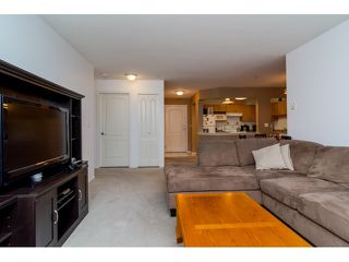 Photo 4: 308 20239 MICHAUD CRESCENT in Langley: Langley City Condo for sale : MLS®# R2018101