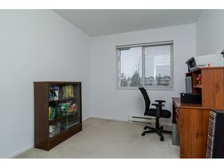 Photo 8: 308 20239 MICHAUD CRESCENT in Langley: Langley City Condo for sale : MLS®# R2018101