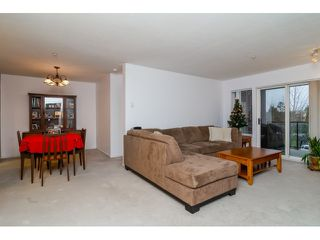 Photo 2: 308 20239 MICHAUD CRESCENT in Langley: Langley City Condo for sale : MLS®# R2018101