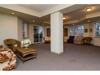 Photo 15: 308 20239 MICHAUD CRESCENT in Langley: Langley City Condo for sale : MLS®# R2018101