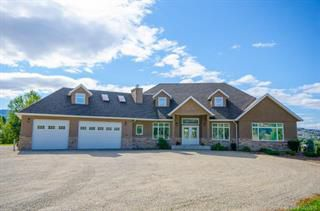 Photo 2: 904 25th Avenue in Vernon: South BX House for sale (North Okanagan)  : MLS®# 10092056