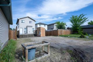 Photo 21: 1109 HYNDMAN Road in Edmonton: Zone 35 House for sale : MLS®# E4165252