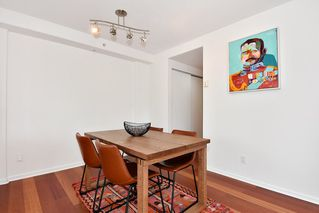 """Photo 9: 312 2255 W 4TH Avenue in Vancouver: Kitsilano Condo for sale in """"CAPER'S"""" (Vancouver West)  : MLS®# R2405890"""