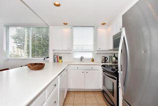 """Photo 10: 312 2255 W 4TH Avenue in Vancouver: Kitsilano Condo for sale in """"CAPER'S"""" (Vancouver West)  : MLS®# R2405890"""
