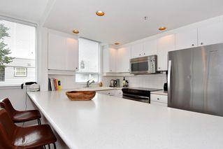 """Photo 8: 312 2255 W 4TH Avenue in Vancouver: Kitsilano Condo for sale in """"CAPER'S"""" (Vancouver West)  : MLS®# R2405890"""