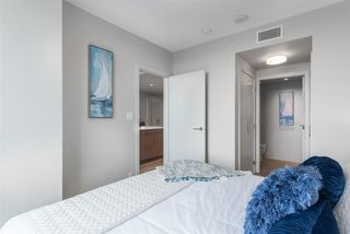 "Photo 12: 2305 680 SEYLYNN Crescent in North Vancouver: Lynnmour Condo for sale in ""Compass"" : MLS®# R2409180"