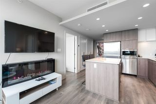 "Photo 7: 2305 680 SEYLYNN Crescent in North Vancouver: Lynnmour Condo for sale in ""Compass"" : MLS®# R2409180"