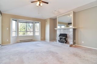 "Photo 2: 302 6440 197 Street in Langley: Willoughby Heights Condo for sale in ""THE KINGSWAY"" : MLS®# R2420735"