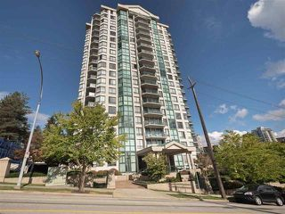 "Main Photo: 1001 121 TENTH Street in New Westminster: Uptown NW Condo for sale in ""VISTA ROYALE"" : MLS®# R2421791"