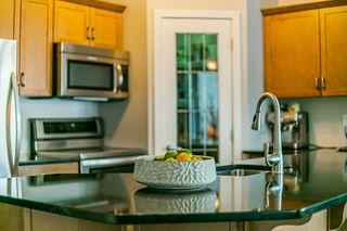 Photo 11: 401 9910 111 Street in Edmonton: Zone 12 Condo for sale : MLS®# E4187197