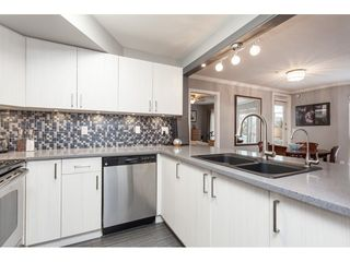 Photo 10: 105 2345 CENTRAL Avenue in Port Coquitlam: Central Pt Coquitlam Condo for sale : MLS®# R2442089