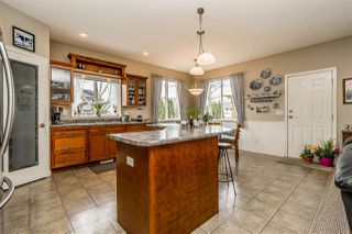 "Photo 8: 2837 BOXCAR Street in Abbotsford: Aberdeen House for sale in ""West Abby Station"" : MLS®# R2448925"