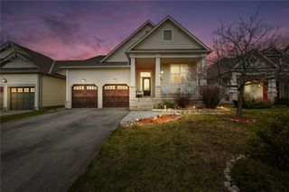 Photo 1: 30 Somerville Road in Halton Hills: Acton House (Bungalow) for sale : MLS®# W4744837
