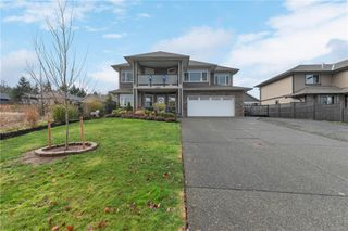Photo 2: 3766 Valhalla Dr in : CR Willow Point House for sale (Campbell River)  : MLS®# 861735