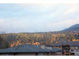 "Photo 9: 302 500 KLAHANIE Drive in Port Moody: Port Moody Centre Condo for sale in ""TIDES"" : MLS®# V935803"
