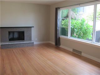 Photo 5: 147 E 7TH Avenue in New Westminster: The Heights NW House for sale : MLS®# V956353