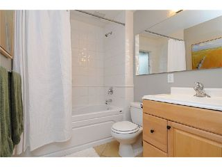 Photo 8: 202 E 27TH Street in North Vancouver: Upper Lonsdale House for sale : MLS®# V977921