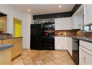 Photo 5: 202 E 27TH Street in North Vancouver: Upper Lonsdale House for sale : MLS®# V977921