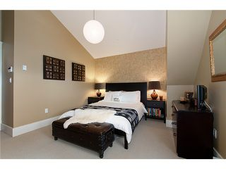 """Photo 6: 1528 GRAVELEY Street in Vancouver: Grandview VE Townhouse for sale in """"GRAVELEY HEIGHTS"""" (Vancouver East)  : MLS®# V991514"""