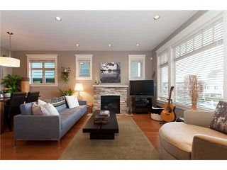 """Photo 2: 1528 GRAVELEY Street in Vancouver: Grandview VE Townhouse for sale in """"GRAVELEY HEIGHTS"""" (Vancouver East)  : MLS®# V991514"""
