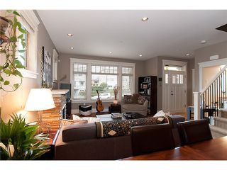 """Photo 4: 1528 GRAVELEY Street in Vancouver: Grandview VE Townhouse for sale in """"GRAVELEY HEIGHTS"""" (Vancouver East)  : MLS®# V991514"""