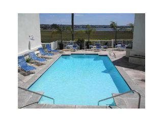 Photo 13: PACIFIC BEACH Condo for sale : 1 bedrooms : 4015 Crown Point Drive #203 in San Diego