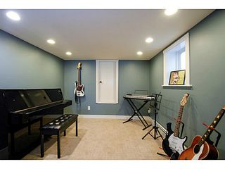 Photo 13: 3073 E 21ST AV in Vancouver: Renfrew Heights House for sale (Vancouver East)  : MLS®# V1052442