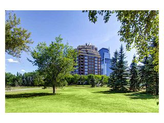 Photo 3: # 1302 690 PRINCETON WY SW in CALGARY: Eau Claire Condo for sale (Calgary)  : MLS®# C3585095