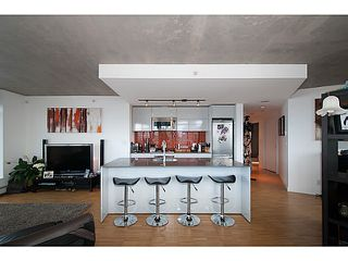 """Photo 11: 3810 128 W CORDOVA Street in Vancouver: Downtown VW Condo for sale in """"Woodwards W43"""" (Vancouver West)  : MLS®# V1076978"""