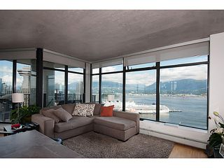 """Photo 5: 3810 128 W CORDOVA Street in Vancouver: Downtown VW Condo for sale in """"Woodwards W43"""" (Vancouver West)  : MLS®# V1076978"""