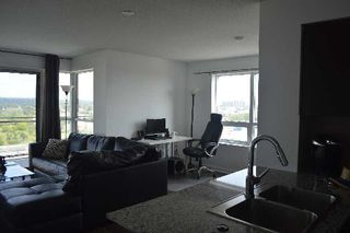 Photo 2: 1010 1235 Bayly Street in Pickering: Bay Ridges Condo for lease : MLS®# E2981892