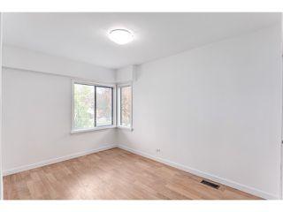 Photo 4: 3030 E 17th Av in Vancouver East: Renfrew Heights House for sale : MLS®# V1101377
