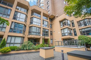Photo 21: 906 488 HELMCKEN STREET in Vancouver: Yaletown Condo for sale (Vancouver West)  : MLS®# R2086319
