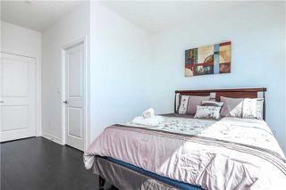 Photo 18: 386 Yonge St Unit #5711 in Toronto: Bay Street Corridor Condo for sale (Toronto C01)  : MLS®# C3611063