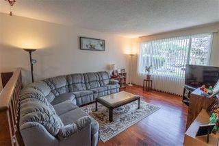 Photo 2: 8727 179 Street in Edmonton: Zone 20 House for sale : MLS®# E4166417