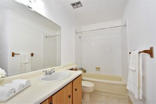 "Photo 13: 302 8400 ACKROYD Road in Richmond: Brighouse Condo for sale in ""Landowne Greene"" : MLS®# R2396217"