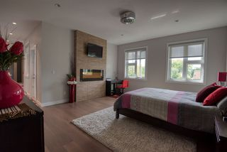 Photo 13: 9618 86 Street in Edmonton: Zone 18 House for sale : MLS®# E4169771