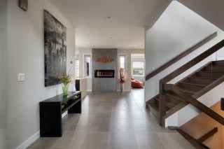 Photo 4: 9618 86 Street in Edmonton: Zone 18 House for sale : MLS®# E4169771