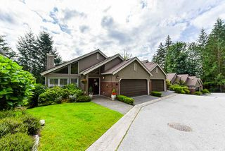 "Main Photo: 4 4055 INDIAN RIVER Drive in North Vancouver: Indian River Townhouse for sale in ""Winchester"" : MLS®# R2473750"